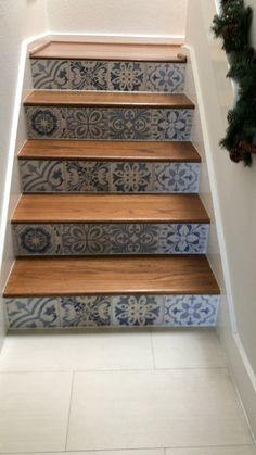 Tile is Skyros Decorative Blanco Porcelain. Stair Decor, Entryway Decor, Diy Bedroom Decor, Diy Home Decor, Tiled Staircase, Tile Stairs, Staircase Makeover, Fireplace Remodel, Diy Bathroom Remodel