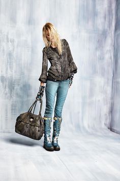 #danieladallavalle #collection #elisacavaletti #fw15 #grey #shirt #blue #denim #jeans #boots #leather #bag