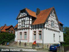 Einfamilienhaus - auch für Büros und Praxis im Erdgeschoss bestens geeignet! Weitere Informationen und Angebote unter: ww.dettmer-immobilien.de