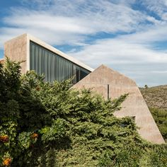 Residence in Kallitechnoupolis by Tense Architecture (Greece) #architecture