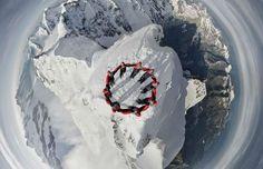 Verbazingwekkende luchtfoto op één van de hoogste pieken in Zwitserland - Froot.nl