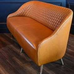 Canapé en cuir Gabrielle du Studio Emma Roux