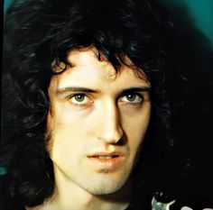 Website dedicated to one of the greatest and most influential artists of all time – Freddie Mercury Freddie Mercury, Brian's Song, Queen Brian May, Queen Ii, Roger Taylor, Vida Real, British Rock, Queen Band, John Deacon