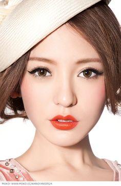 Japanese | Gyaru | Make up #meinIBUKI Für  ausdruckstarkes Make up braucht man einfach wundervoll natürlich schöne Haut. Um nach außen zu strahlen muss das innerste im Gleichgewicht sein. Und innere Stärke fühlt sich am wohlsten wenn Körper und Seele im Einklang sind. Ausprobieren lohnt sich immer... man weiß nie welche geheime Türe sich als nächstes öffnet..