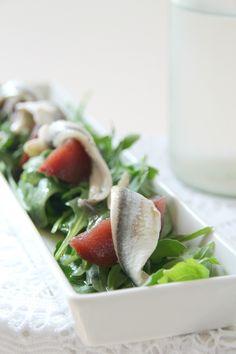 receta:: ensalada con peras al vino y boquerones