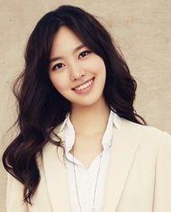 Jin Se Yeon | 진새연