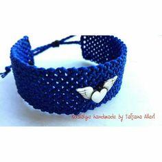 Macrame Jewelry, Macrame Bracelets, Beautiful Hands, The Incredibles, Facebook, Handmade, Crafts, Fashion, Nostalgia