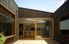 Rob Kennon Architects | Batten & Board House