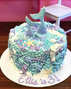 Custom Cakes – Sassy Cakes mermaid birthday cake - How To Make Crazy PARTY Birthday Cakes For Men, Mermaid Birthday Cakes, Mermaid Cupcakes, Homemade Birthday Cakes, Cake Birthday, Little Girl Birthday Cakes, Mermaid Party Food, Mermaid Parties, Sirenita Cake