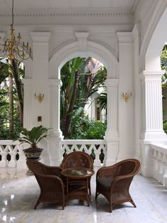 British Colonial sty