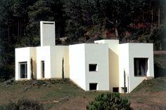 Souto Moura Detached House . Serra da Arrábida
