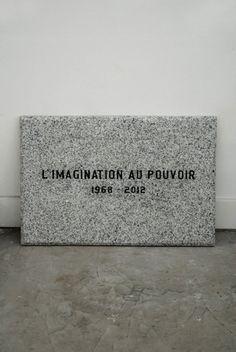 Jota Castro, La imaginación al poder, 2012,en galería González y González. Cortesía de la galería  http://www.artishock.cl/2013/04/art-lima-y-parc-dos-ferias-de-arte-una-ciudad/