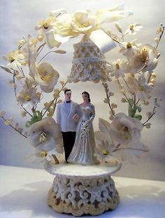 Circa 1950's Vintage Wedding Cake Topper Plaster Chalk Ware Bride and Groom