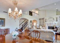 Dakota Fanning's Childhood Home Is On Sale For $2.85 Million+#refinery29