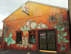 Stuart's Spices:::Hart's and Stuart's share the love of local artist, Sarah Rutherford!