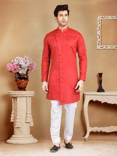 Wedding Kurta For Men, Wedding Dresses Men Indian, Pakistani Mens Kurta, Pathani Kurta Men, Man Dress Design, Black Blouse Designs, Wedding Outfit For Boys, Kurta Pajama Men, Boys Kurta Design