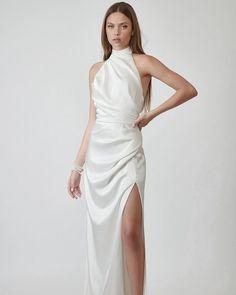 30 Totally Unique Fashion Forward Wedding Dresses ❤ fashion forward wedding dresses simple with slit high neck lihihod #weddingforward #wedding #bride #weddingoutfit #bridaloutfit #weddinggown