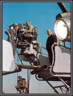 """Alfred Hitchcock and Paul Newman filming """"Torn Curtain"""""""