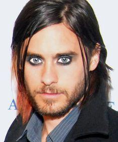 03-totalbeauty-logo-15-hot-guys-wearing-eyeliner.jpg 360×433 pixels