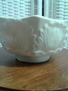 Hey, I found this really awesome Etsy listing at https://www.etsy.com/listing/385690592/vintage-secla-pottery-seashell-bowl