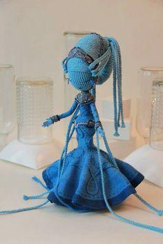Fifth element opera singer Kawaii Crochet, Crochet Art, Crochet Patterns Amigurumi, Cute Crochet, Beautiful Crochet, Amigurumi Doll, Crochet Monsters, Crochet Animals, Knitted Dolls
