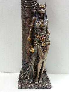 Egyptian Goddess Bast Bastet Cat Statue Leaning on Candle Pillar Egyptian Cats, Ancient Egyptian Art, Ancient History, European History, Ancient Aliens, Ancient Greece, American History, Bastet Goddess, Goddess Art