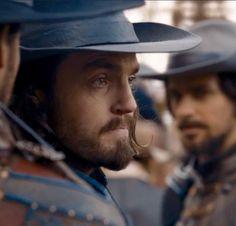 The Musketeers series 3x10. Athos, Aramis. BBC