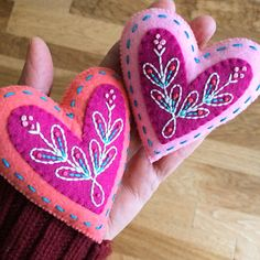 On the twelfth day of Christmas my true love sent to me. True Love is the focus of the last and final bonus ornament, and is rea. Felt Christmas Decorations, Felt Christmas Ornaments, Handmade Christmas, Felt Embroidery, Felt Applique, Pixel Art Geek, Felt Keychain, Christmas Hearts, Heart Crafts