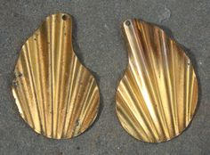 6 Brass vintage retro shape findings by debsdesigns401 on Etsy