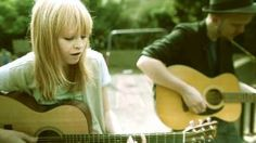 WLT - Lucy Rose - Night Bus female vocals / acoustic music / listen to all day Sing To Me, Songs To Sing, Music Songs, Music Videos, Music Love, My Music, Lucy Rose, Night Bus, Acoustic Music