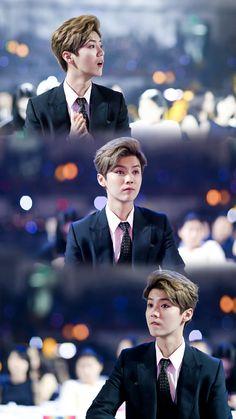 Luhan is an angel ! Yes or Of course ? Chanyeol, Sehun And Luhan, Kris Wu, Extended Play, Exo Lockscreen, Kim Minseok, Xiuchen, Exo Korean, Hunhan