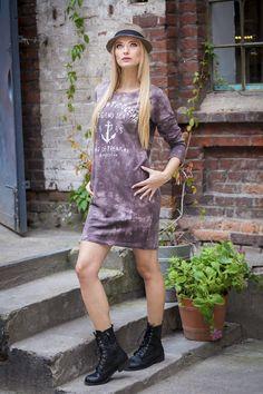 Sukienka z materiału dekatyzowanego 39,00 zł www.belmani.pl