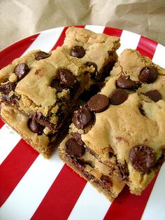 "Peanut Butter {Chocolate Chip} Blondies ~ Tired of ordinary chocolate Brownies? Gooey and irresistible, these peanut butter ""Blondies"" with chocolate chips will satisfy just about everyone. #recipe #holiday #dessert"