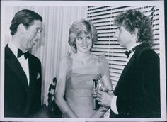 Vint 1983 Royalty Prince Charles & Princess Diana w/ Barry Manilow Candid Photo