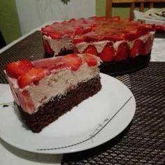Epres csokis mousse torta Red Velvet, Cupcake, Cheesecake, Mousse, Foods, Google Search, Cake Ideas, Dessert Ideas, Food Food