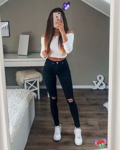 30 Awesome Summer Outfits for Women  <br> Check out 2019 summer outfits ideas for women to get into the rhythm this year! Be inspired by the latest trends of the season, fashion, styles, looks, fashion accessories, beauty, and lifestyle. Check Most Trending Outfit Ideas for Women. Trendy Outfit Ideas for Women. Great Summer Outfits: To ensure a flawless look, I selected 10 styles of dresses among the trends of the End of summer outfits. You will notice that some trends are paired in the same… Cute Comfy Outfits, Cute Outfits For School, Stylish Outfits, Cute Casual Outfits For Teens, White Girl Outfits, Autumn Outfits For Teen Girls, White Vans Outfit, Cute Outfits With Jeans, Dressy Outfits