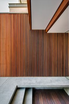 House II / Roth Architects Northbridge House II / by Roth Architects.Northbridge House II / by Roth Architects. Timber Cladding, Exterior Cladding, Timber Slats, Exterior Stairs, Wall Exterior, Wooden Slats, Wall Cladding, Villa Design, Architecture Design