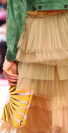 Burberry Prorsum Ready To Wear Spring 2015 - Details