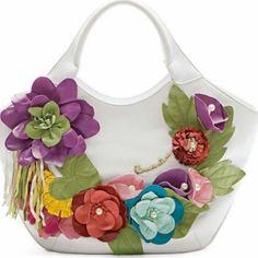 çiçek süslemeli çanta örnekleri · -