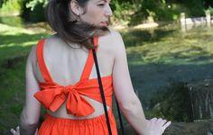 Ma robe rouge/orangée signée Zanita Whittington sur http://madmoizelleadeline.com/look-9-ma-robe-rougeorangee-signee-zanita-whittington/