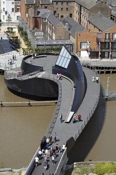 River Hull Footbridge,© Timothy Soar