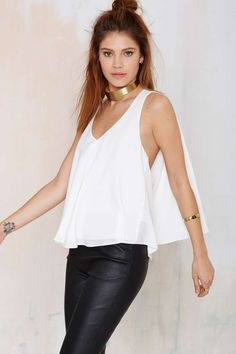 Felicity+Cape+Top+|+Shop+Clothes+at+Nasty+Gal!