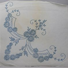 Ornate Daisy Garland - Vintage Iron-on Transfer by TheVintageSewingB on Etsy Cute Embroidery Patterns, Hand Embroidery Art, Embroidery Motifs, Embroidery Transfers, Learn Embroidery, Silk Ribbon Embroidery, Lace Patterns, Vintage Embroidery, Embroidery Kits