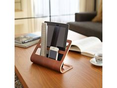 Yamazaki  Houder voor  Tablet & Smartphone 'Rin' (bruin)
