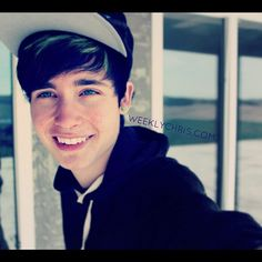 check out weeklychris on youtube you guys ! :) I think he's really cool
