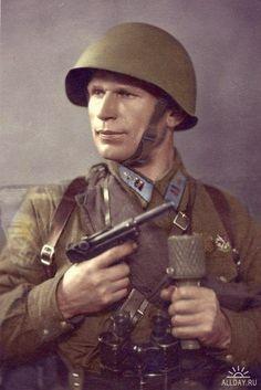 Униформа Великой Отечественной в цвете