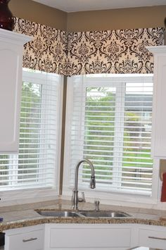 Make your own window valance for cheap! @Katie Schmeltzer Schmeltzer Schmeltzer Schmeltzer Shannon