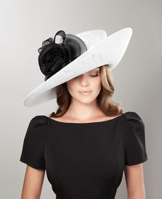 philip treacy Large sidebrim hat with trim