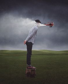 6 Amazing Examples of Conceptual Photography