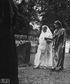 Queen Elizabeth, then Princess Elizabeth, being initiated a Bard in a Druid ceremony